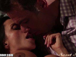 Latina MILF Ariella Ferrera Erotic Sex