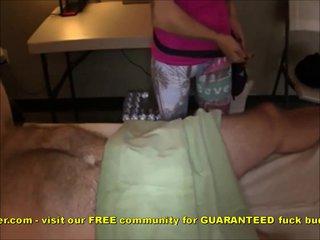 Amateur Hookup Gives Happy Ending Massage