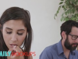 Family Hookups - Step daughter Gianna Dior fucks daddy