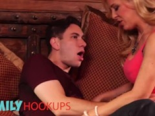 Family Hooukps - Stepmom Aaliyah Love and step son threesome