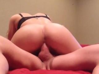 Young tinder slut riding me