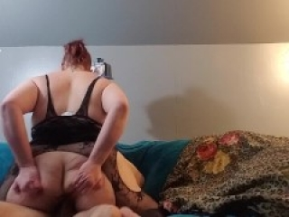 PAWG MILF is back taking another hard pounding!