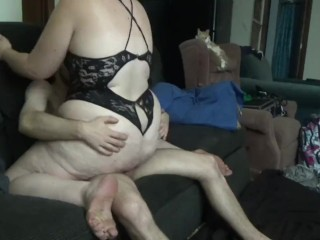 BTS Huge ass MILF gets fucked!